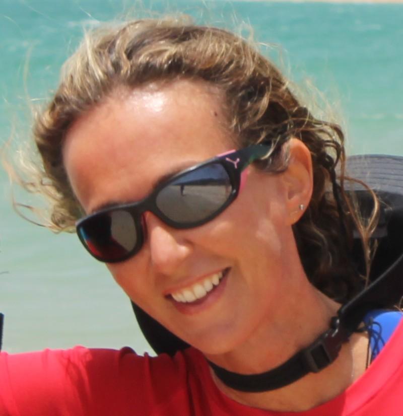 instructora kitesurf valdevaqueros